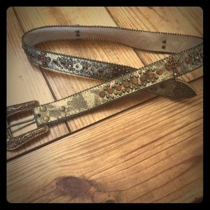 Accessories - leather stone belt